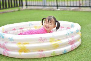 小さい子供のプール